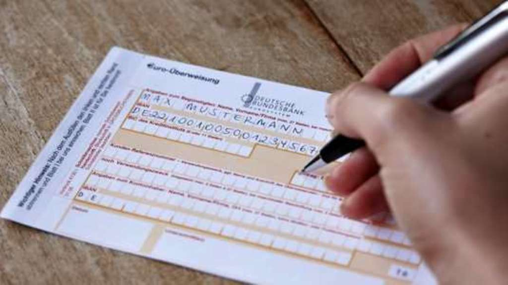 Bankbriefkästen aufgebrochen: Bande beging Überweisungsbetrug | Kassel