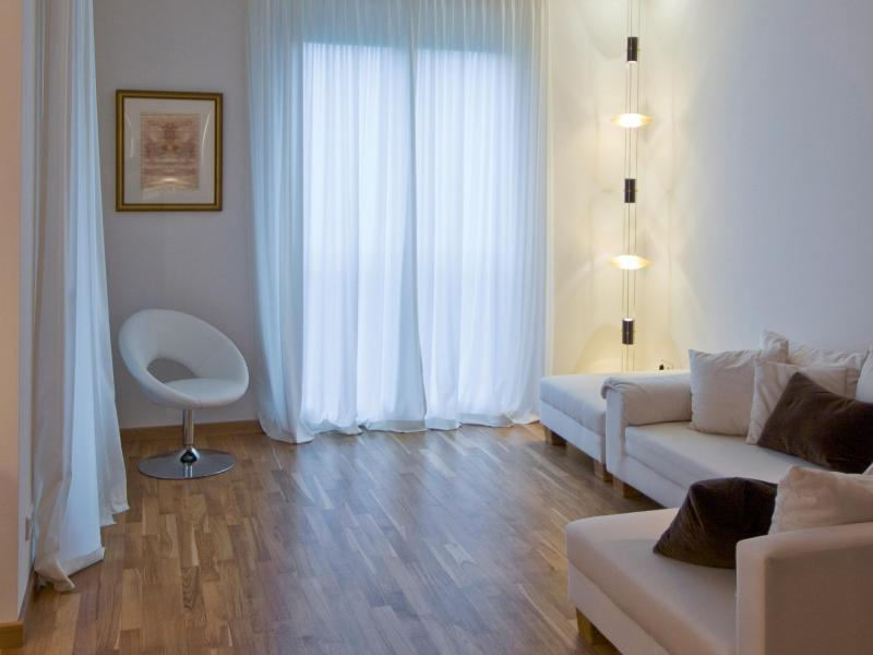 verhalten bei gewitter darf ich eigentlich duschen wohnen. Black Bedroom Furniture Sets. Home Design Ideas