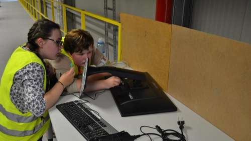 Fotostrecke: Girls' & Boys' Day bei Amazon in Bad Hersfeld