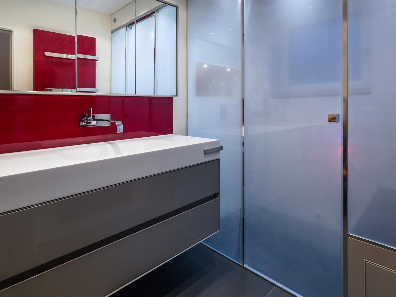 wer diesen k rperteil beim duschen vergisst dem droht ekel alarm gesundheit. Black Bedroom Furniture Sets. Home Design Ideas