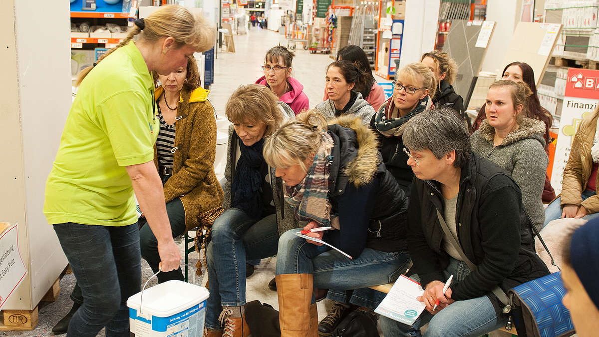 Womens Night Lockte Frauen Zu Handwerker Kursen Ins Bauhaus Kassel