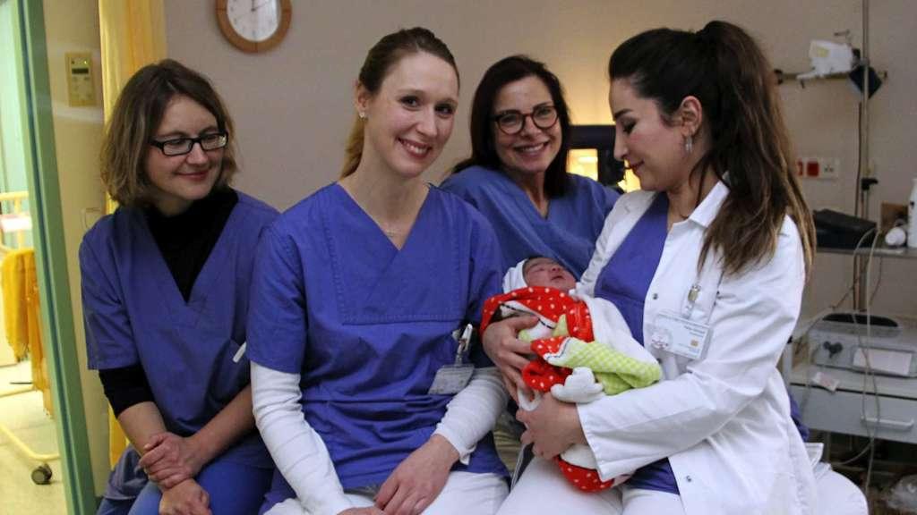 Hospital Zum Heiligen Geist Fritzlar Baby Asmin Geburt