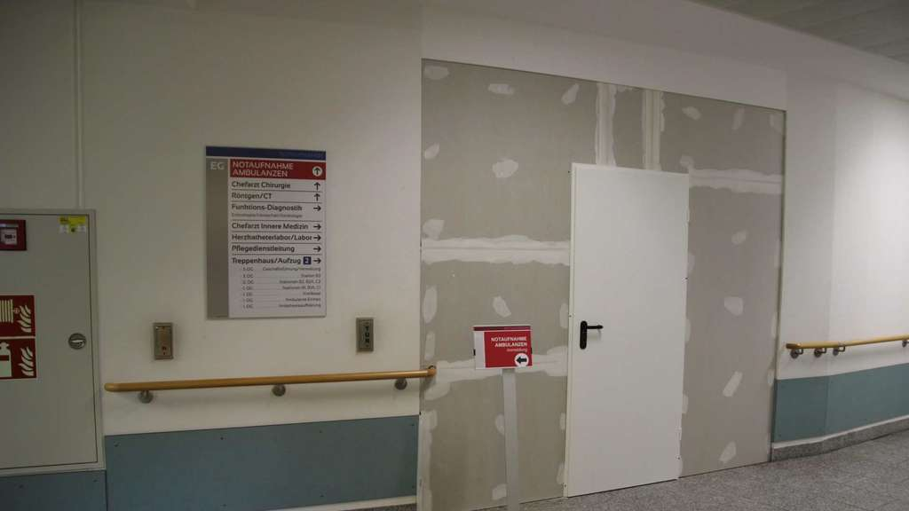 Bei Laufendem Betrieb Zentrale Notaufnahme Im Fritzlarer Hospital