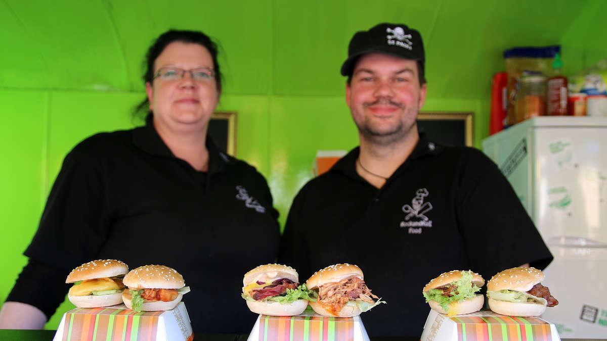Schnitzel Waffel Und Mini Burger Street Food Festival An Der