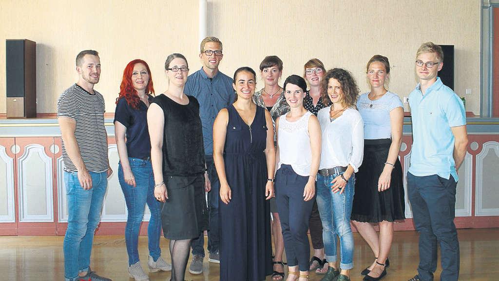 13 neue lehrer verst rken das kollegium der edertalschule for Grafikdesign schule