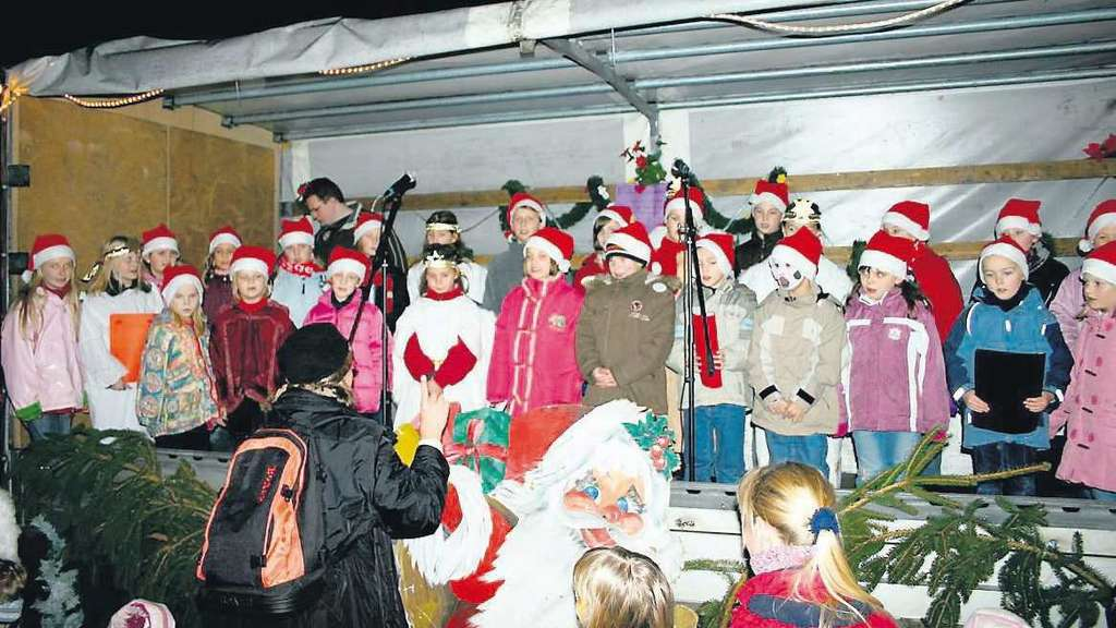 1 Advent Weihnachtsmarkt.Holzhausener Weihnachtsmarkt Am 1 Advent Landkreis Kassel