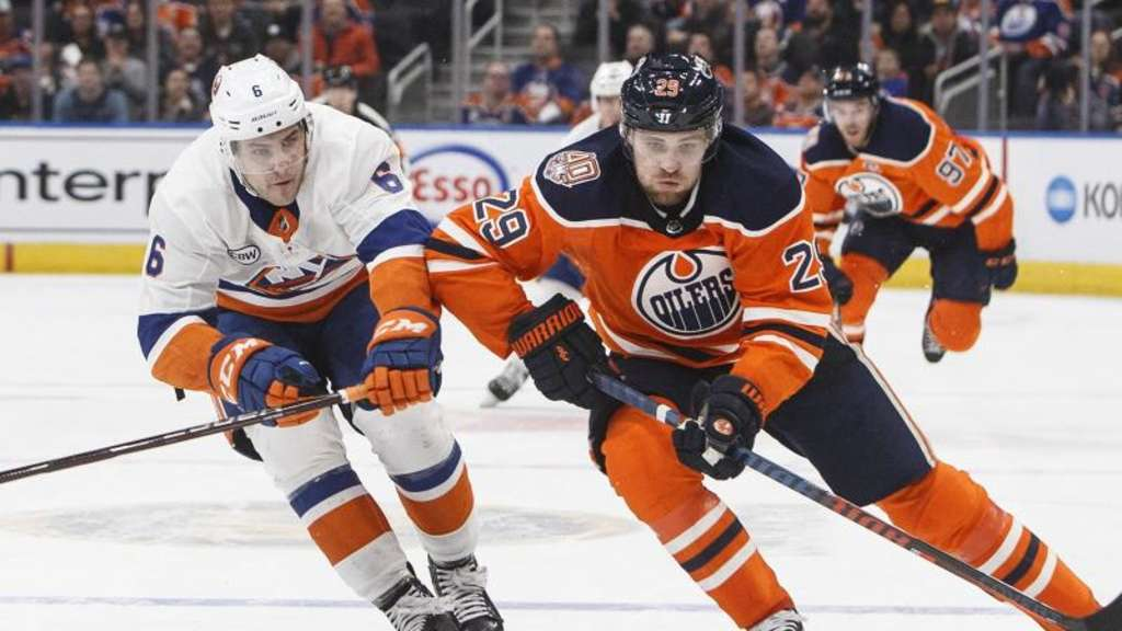 Trug sich erneut in die Scorerliste ein: Leon Draisaitl (r). Foto: Jason Franson/The Canadian Press/AP