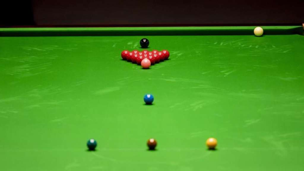Dominante Briten, chancenlose Deutsche: Der Sport Snooker
