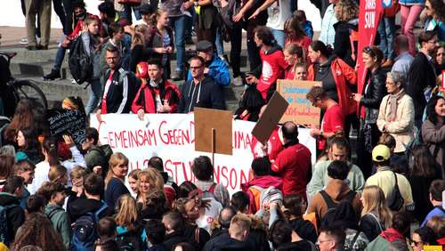 Klimastreik: Friedliche Fridays-for-Future-Demo durch Fulda