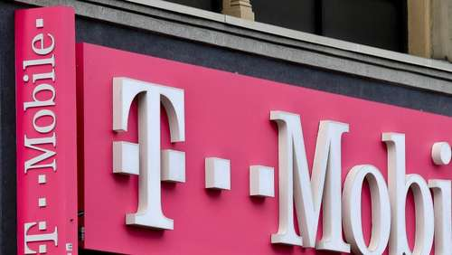 T-Mobile US hebt Prognosen erneut an